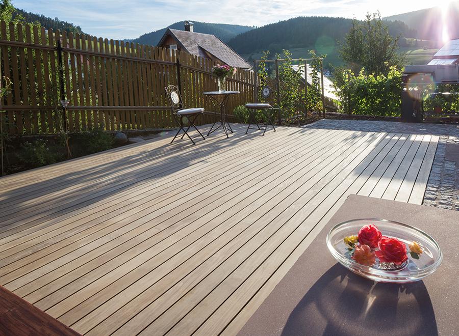 prix d 39 une terrasse en bois et de son installation par un professionnel. Black Bedroom Furniture Sets. Home Design Ideas