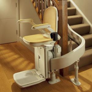 prix d 39 un monte escalier et de sa pose selon le type de mod le. Black Bedroom Furniture Sets. Home Design Ideas