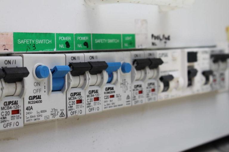 le tabeau lectrique est un lment essentiel dans une maison - Photo Tableau Electrique Maison